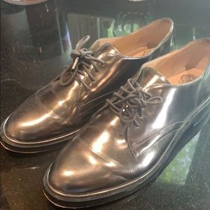 Vince Camuto Ciana Silver oxfords, size 8.5